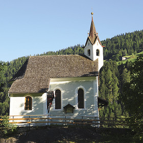 Von St. Leonhard nach Gomion